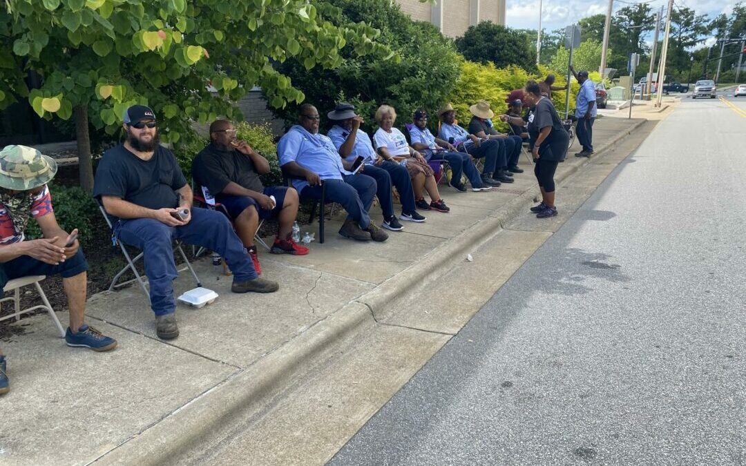 As part of Southern trend, Elizabeth City workers strike for better pay